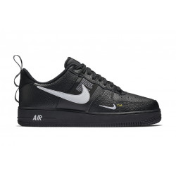 NIKE : AIR FORCE 1 '07 LV8 UTILITY