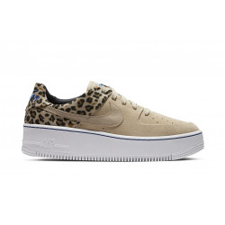 NIKE : W AIR FORCE 1 SAGE LO PRM