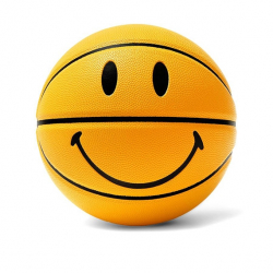 CHINATOWN MARKET : SMILEY BASKETBALL