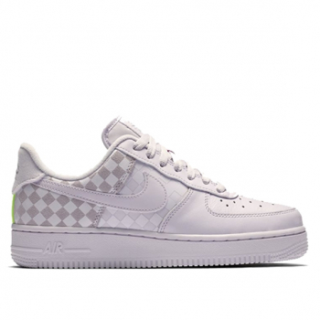 NIKE : AIR FORCE 1 LOW BARELY GRAPE